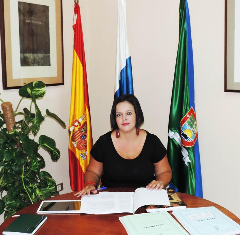 Dña. Elena Padilla Padrón