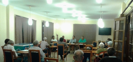 Reunión con los vecinos de Taguluche
