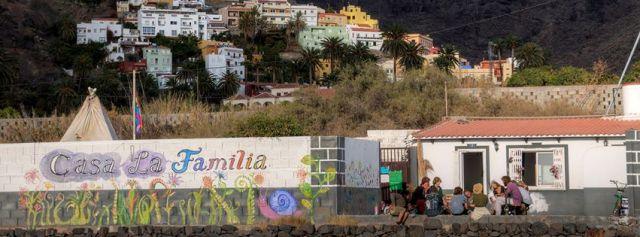 El equipo de gobierno de Valle Gran Rey niega que vaya a colaborar con la Casa de la Familia.