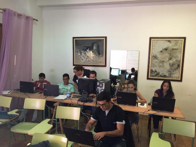 El Ayuntamiento de Valle Gran Rey facilita la formación de ocho jóvenes a través del programa 'Juventud Comienza'