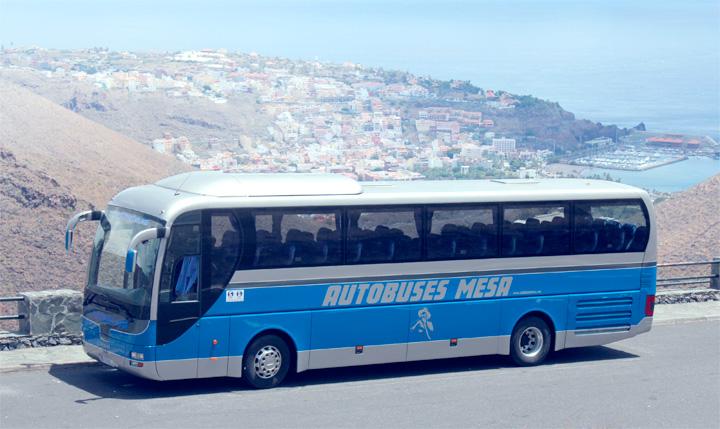 La empresa Autobuses Mesa colabora con la Escudería Gomera Racing