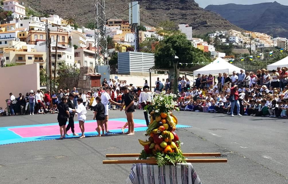El CEO Nereida Díaz Abreu y el CEIP El Retamal celebran el Día de Canarias